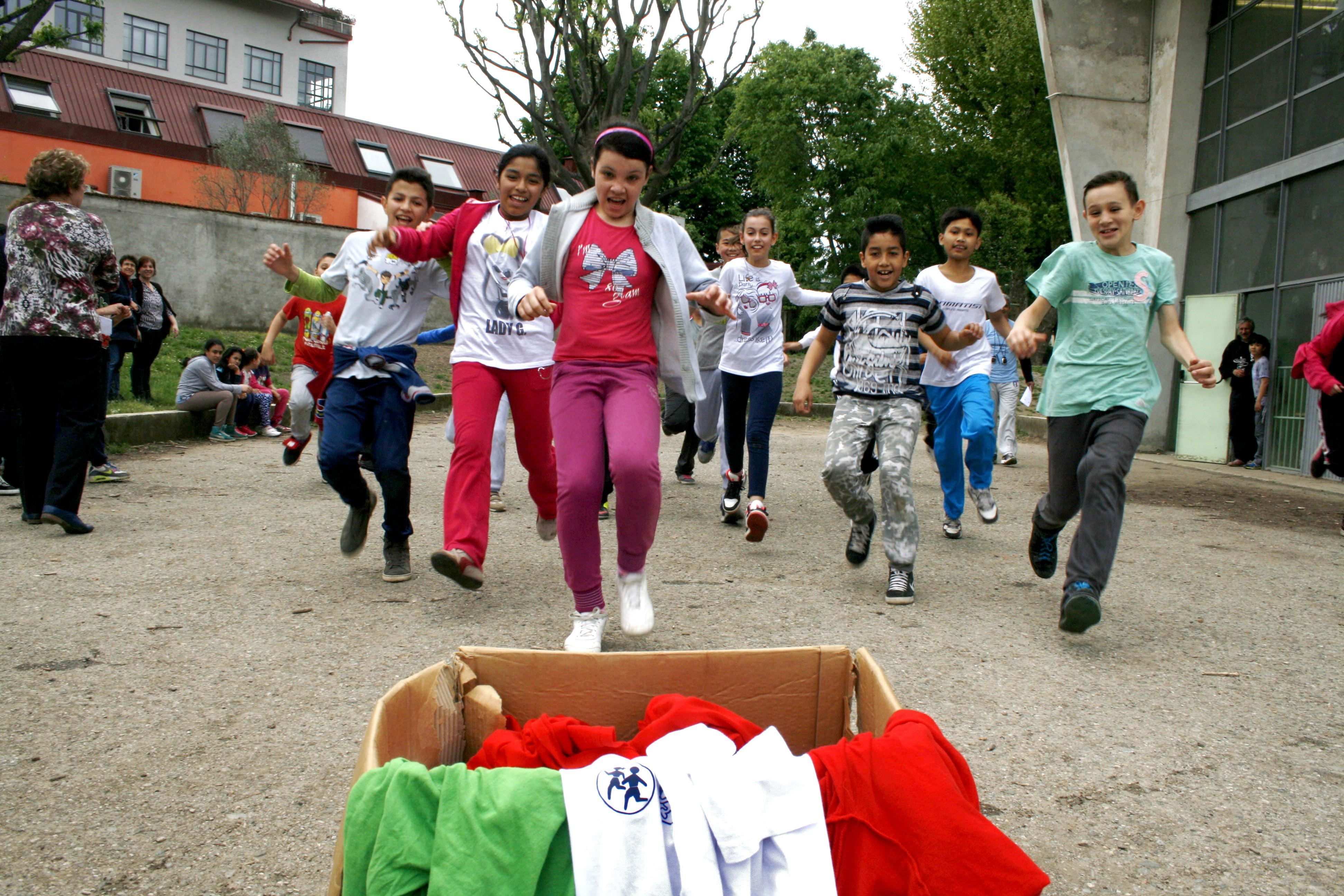 Miniolimpiadi scuole elementari associazione gruppo for Scuola burgo milano